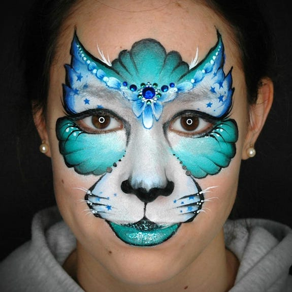 Creative Kitty Face Paint Step-by-Step by Annabel Hoogeveen